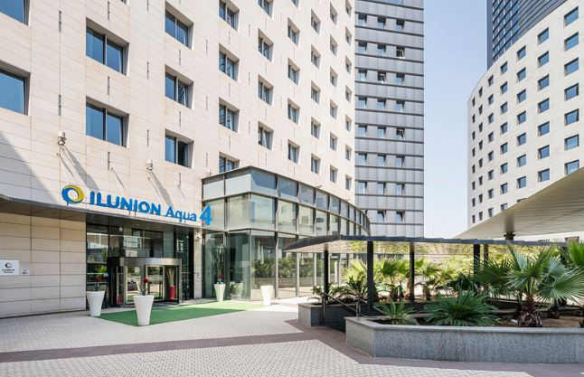 Wheelchair Friendly Holidays in Europe - Ilunion Aqua4