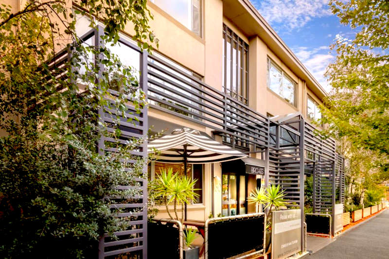 Disabled Holidays - Apartment Accommodation - Melbourne, Australia