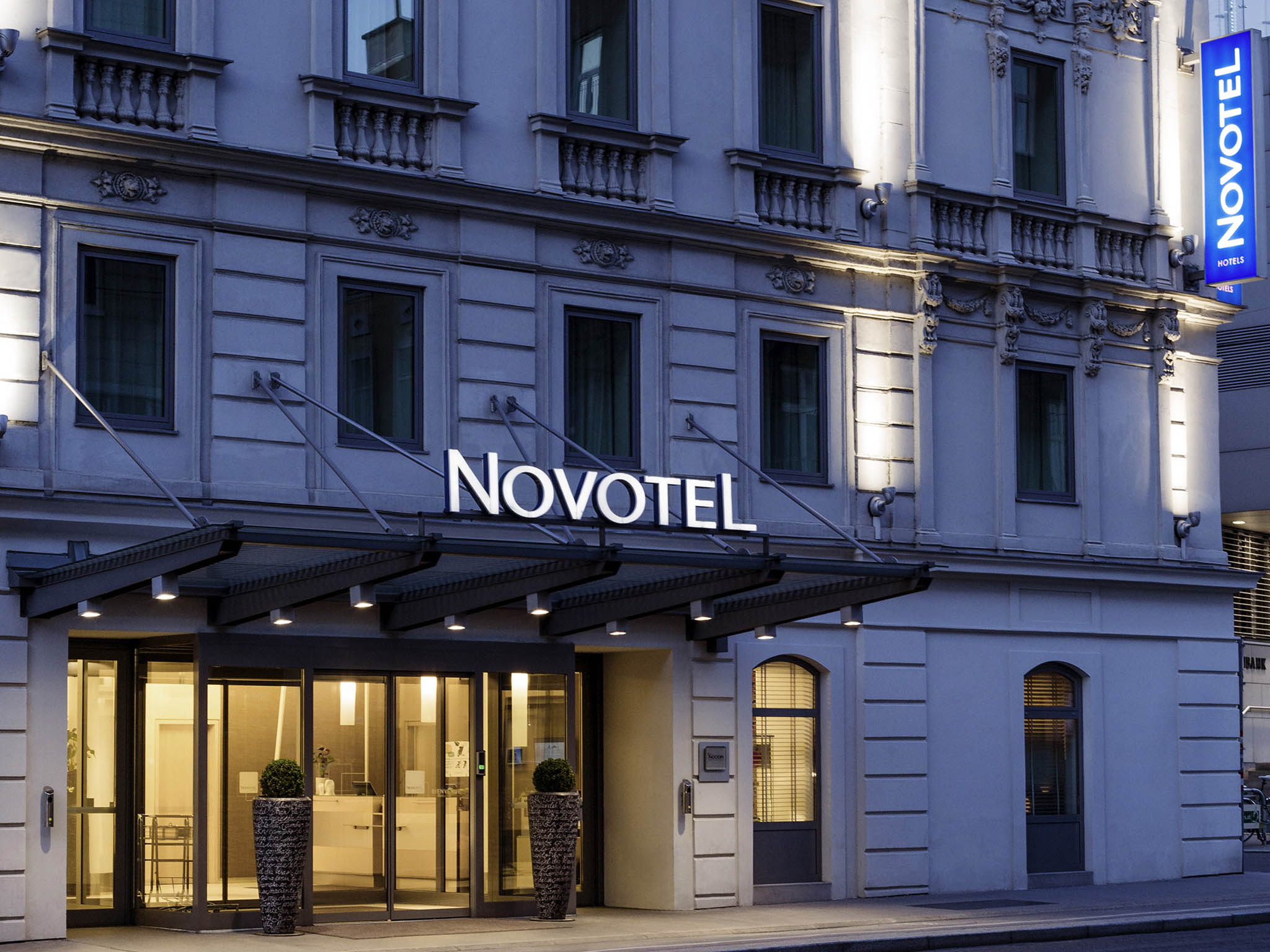 Disabled Holidays - Hotel Novotel Wien City, Vienna, Austria