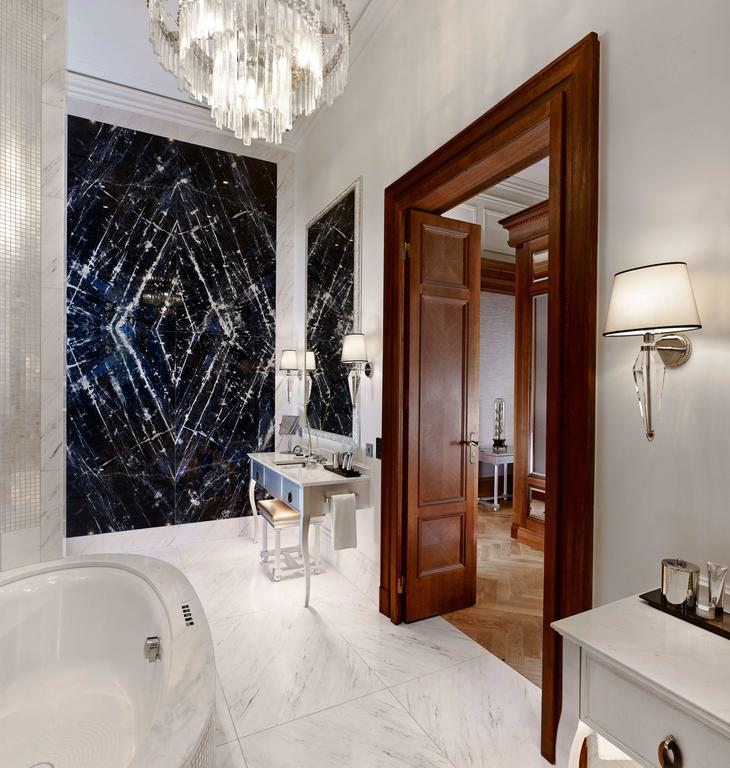 Traditional Contemporary Bathrooms Ltd: Accessible Holidays For Disabled In Vienna