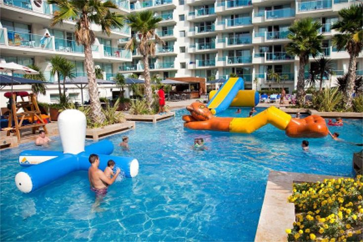 Disabled holidays holidays for the disabled in spain at - Hotels in madrid spain with swimming pool ...