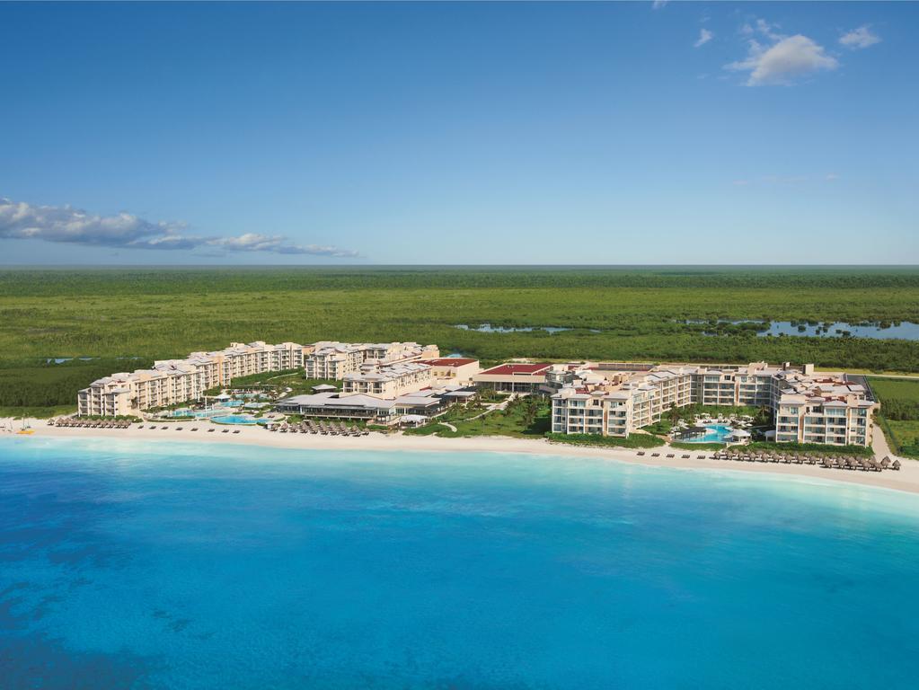 Now Jade Riviera Cancun