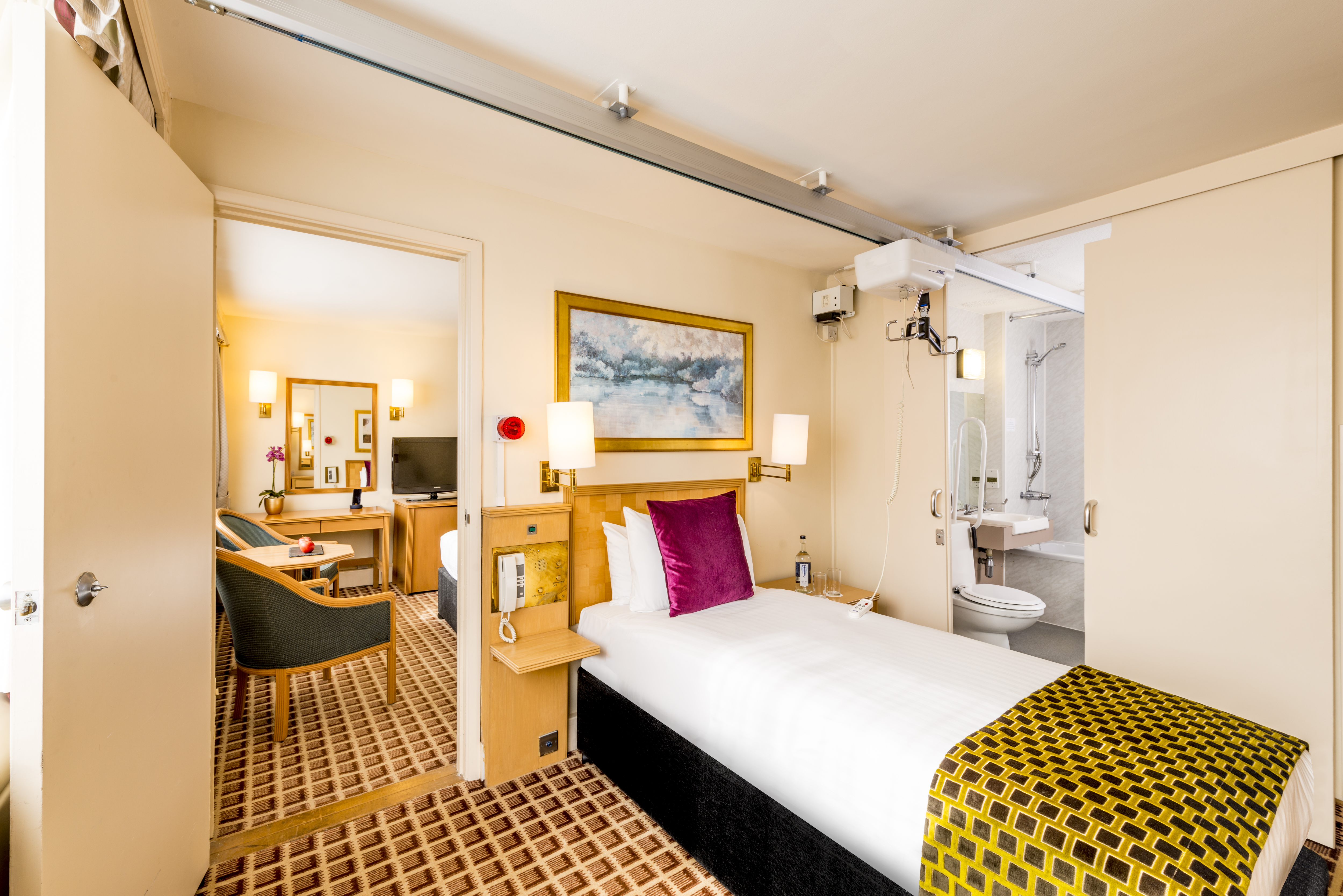Disabled Holidays In London At The Copthorne Tara Hotel