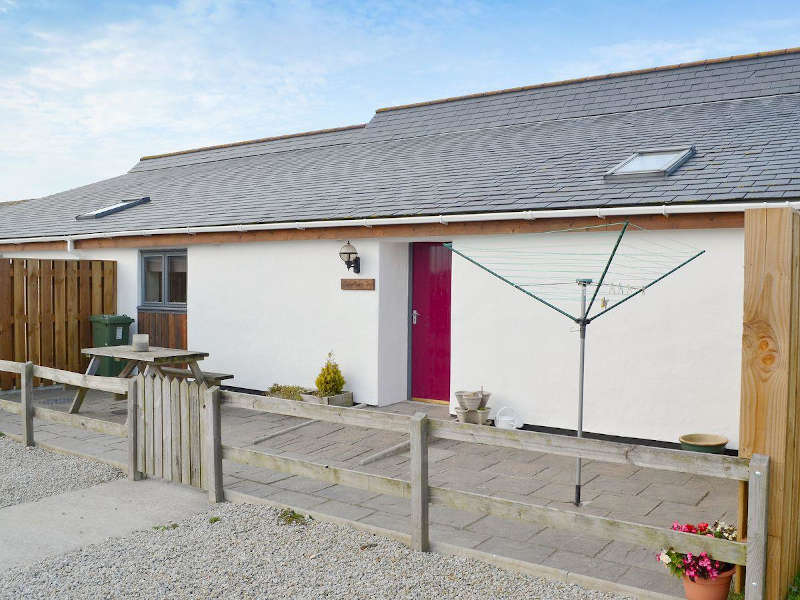 Disabled Holidays - Swallows Bungalow, Cornwall, England