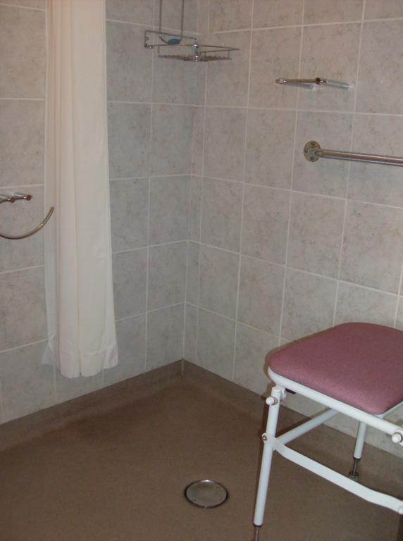Hotel In Torquay With Wet Room And Disabled Access