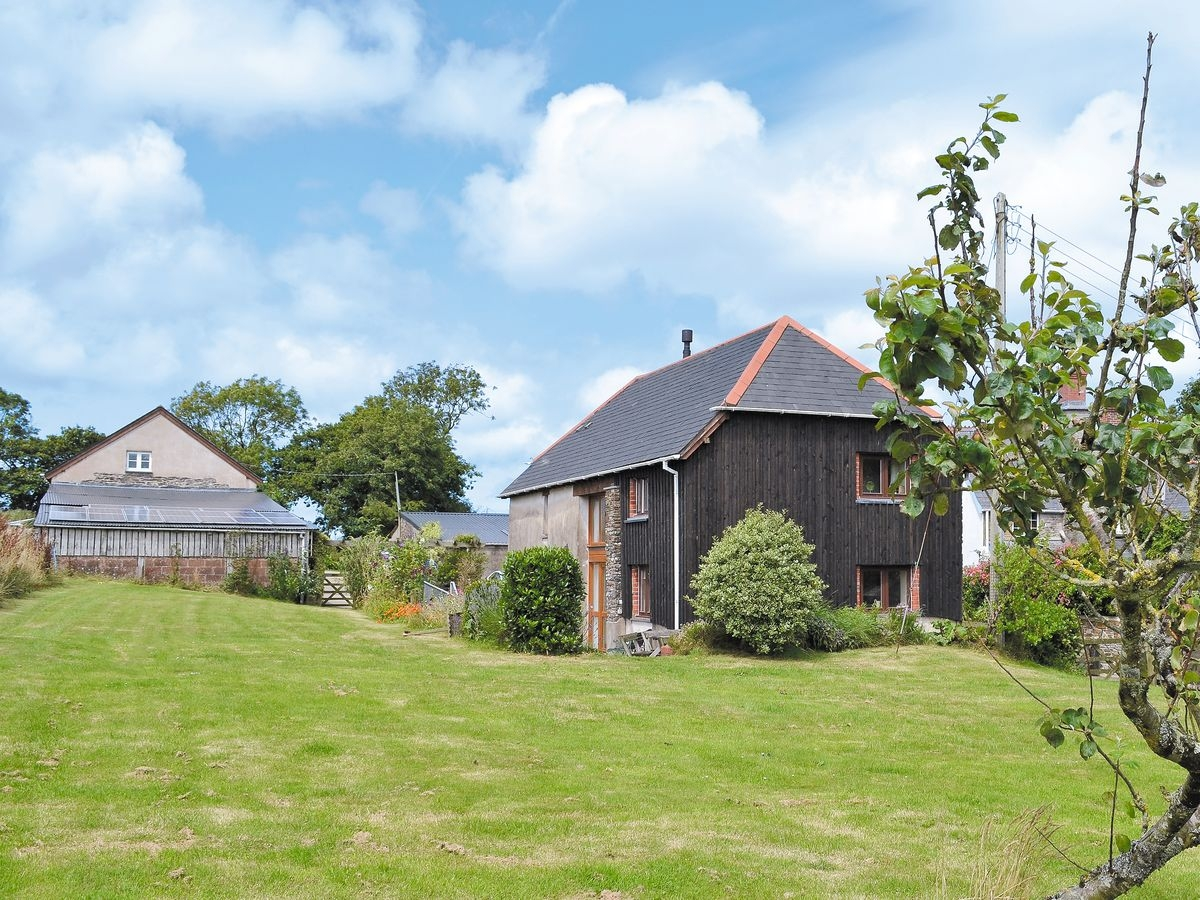 Disabled Holidays - West Hele Farm Holiday Cottage - Orchard Barn, Devon, England