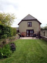 Disabled Holidays - Stable Lodge - Hele Barton, Crediton, Devon, England