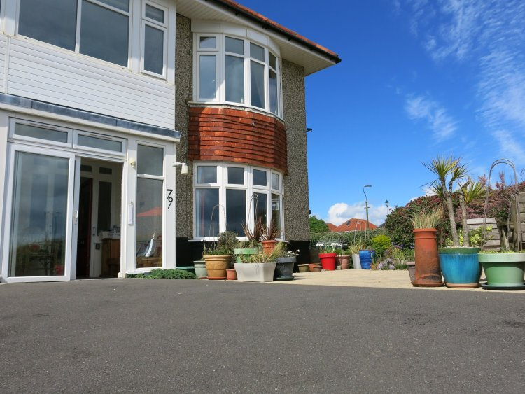 Disabled Holidays - BOD - Self Catering Flat, Bournemouth, England