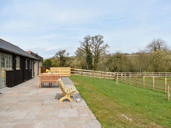Willow Notton Cottage