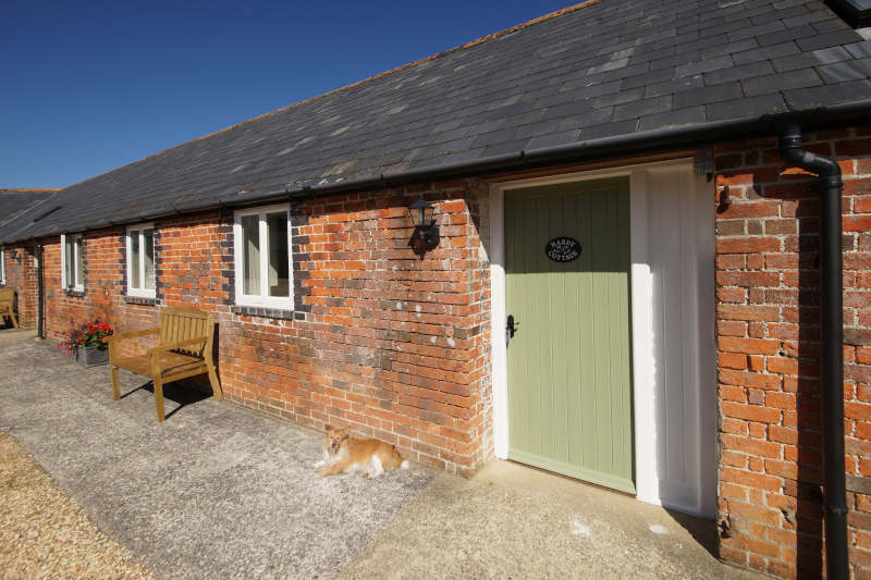Disabled Holidays - Hardy Cottage - Ellwood Cottages