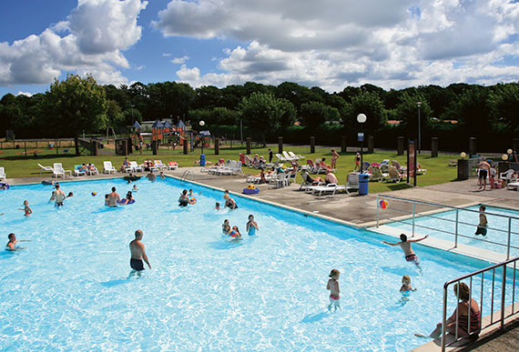Disabled holidays in christchurch dorset hoburn park - Holidays in dorset with swimming pool ...