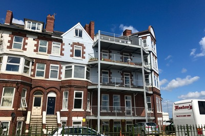 Disabled Holidays - Disabled Holidays - Apartments@52, Bridlington, Yorkshire, England