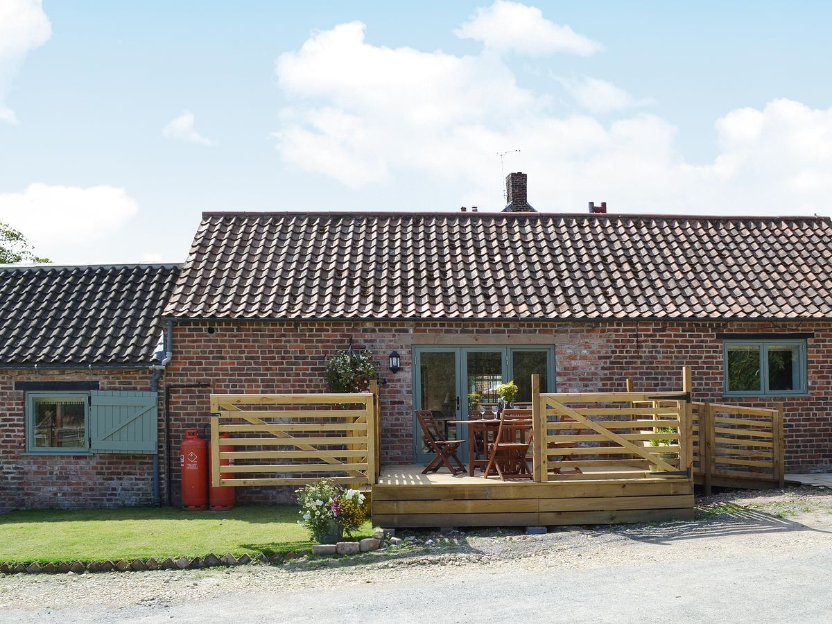 Disabled Holidays - Shire Cottage, Driffield, East Yorkshire, England