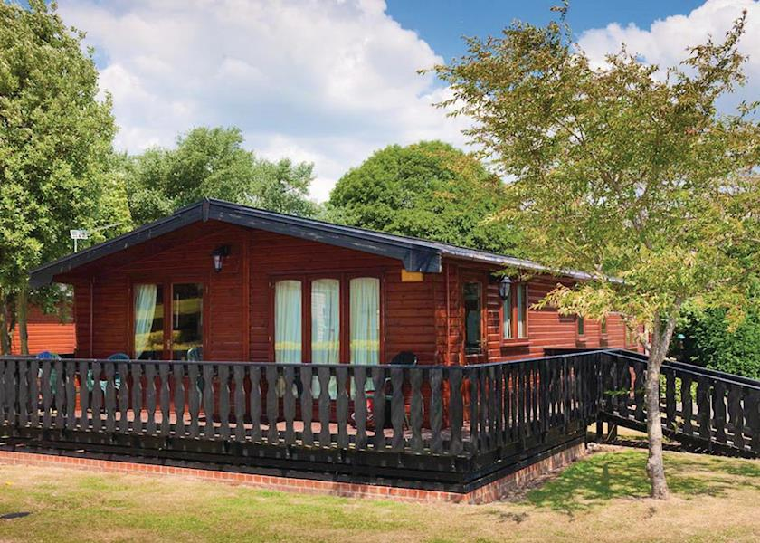 Disabled Holidays - Select Lodge, Lymington, Hampshire, England