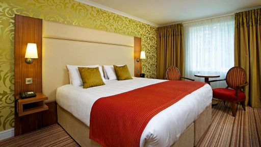 Hotels For Wheelchair Users In Hampshire England