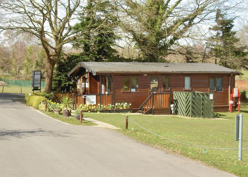 Disabled Holidays - Whiteley Caravan, Hamble, Hampshire, England - UK