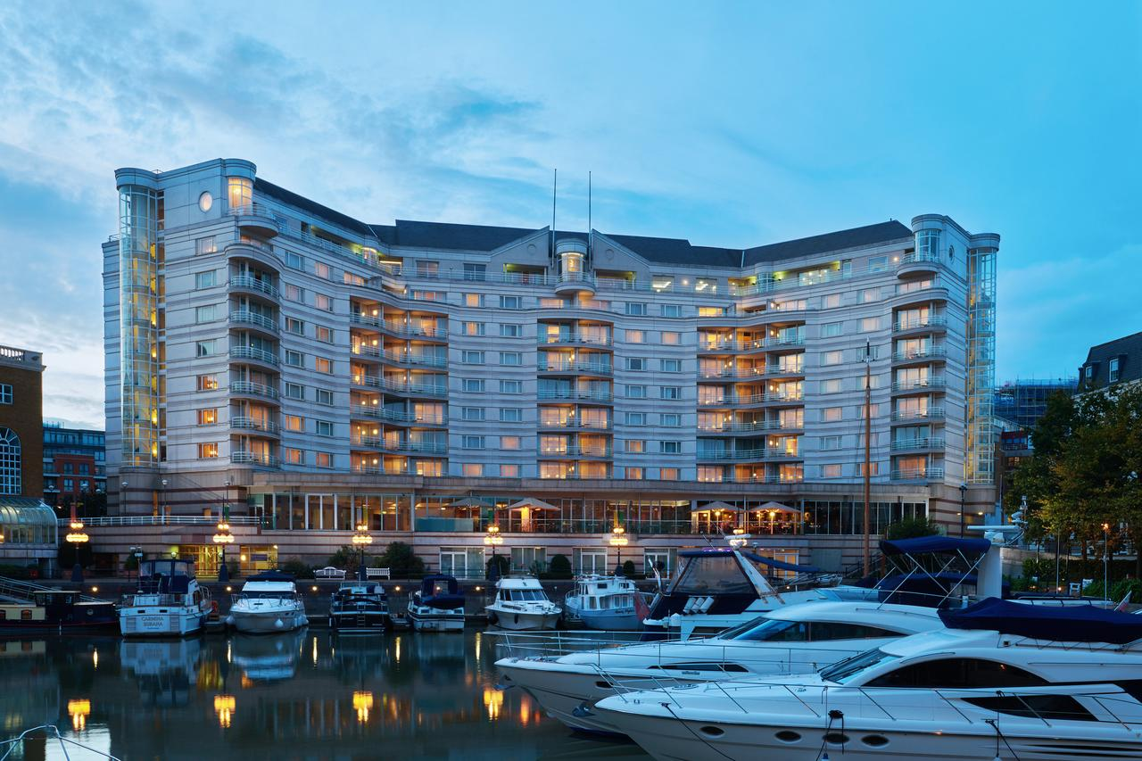 Disabled london city hotel at the the chelsea harbour hotel for Hotel piscine londres