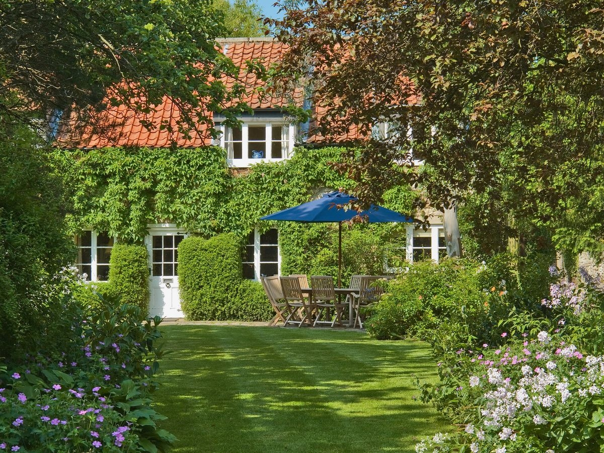 Disabled Holidays - Hungate Garden Cottage, Pickering, North Yorkshire, England