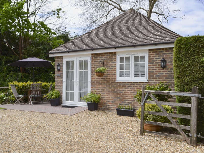 Disabled Holidays - Knowle Lodge - England