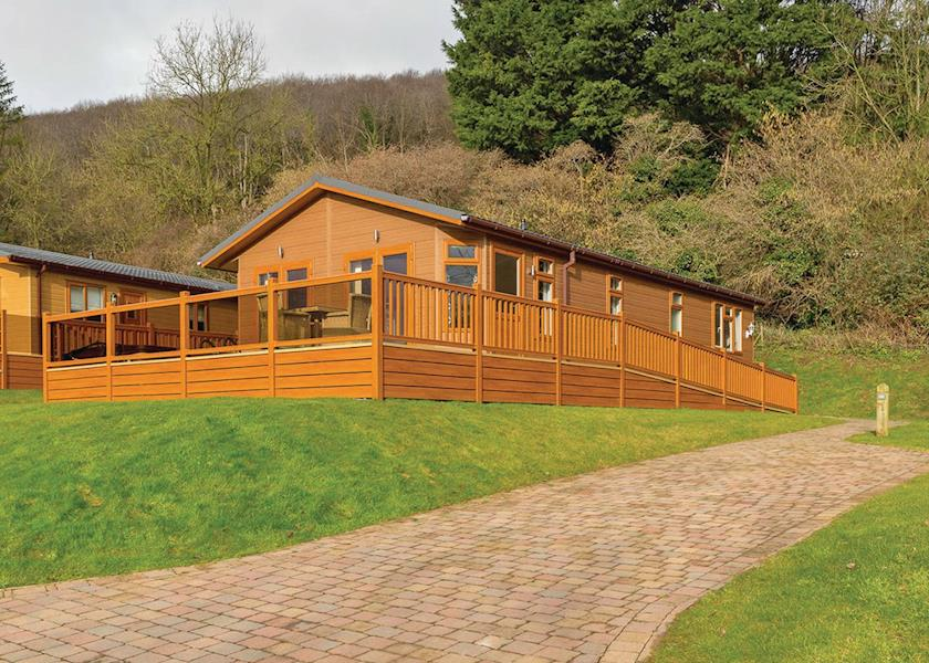 Disabled Holidays - Cheddar Lodge, Somerset, England