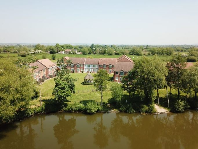 Disabled Holidays - Self Catering Holiday Bungalows, BriDgwater, Somerset, England