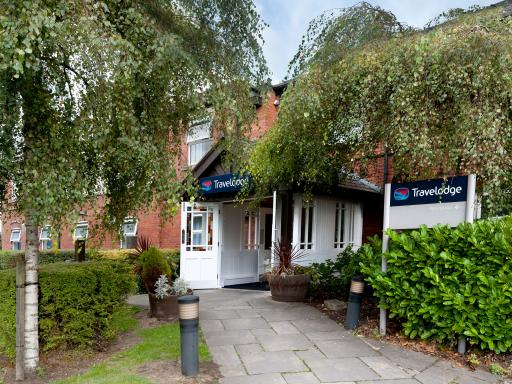 Accessible Accommodation In Warrington At Travelodge Warrington Lowton Hotel England