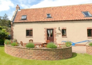 Disabled Holidays - Cholmley Cottage - Summerfield Farm, England