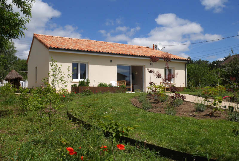 Disabled Holidays - Montmorillon Accessible Bungalow - France