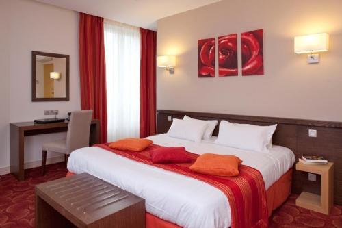 Grand Hotel Normandie, Paris