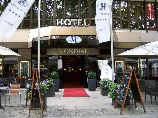 Disabled Holidays - Hotel Mondial - Berlin, Germany