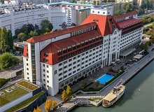 Disabled Holidays - Hilton Vienna Danube Waterfront - Vienna, Austria