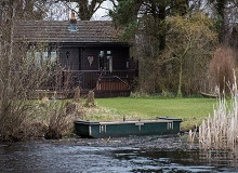 Disabled Holidays - Dunnock Lodge - Owners Direct, England