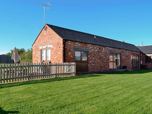 Disabled Holidays - Accessible Accommodation -Blackberry Barn, England
