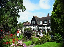 Disabled Holidays - Sinah Warren Coastal hotel, Hampshire, England - UK