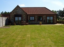 Disabled Holidays - The Old Cart Shed - Norfolk Disabled-Friendly Cottages, Accessible Cottages, Norfolk, England
