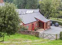Disabled Holidays - Disabled Holidays - Mereside Farm - The Shippon