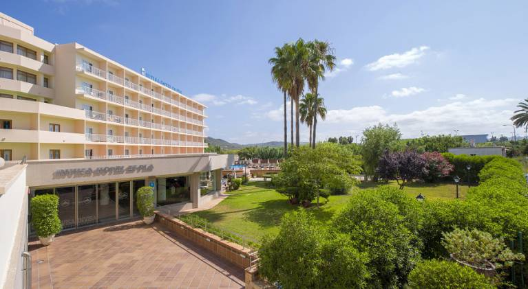Disabled Holidays - Invisa Hotel Es Pla, San Antonio Bay - San Antonio, Ibiza