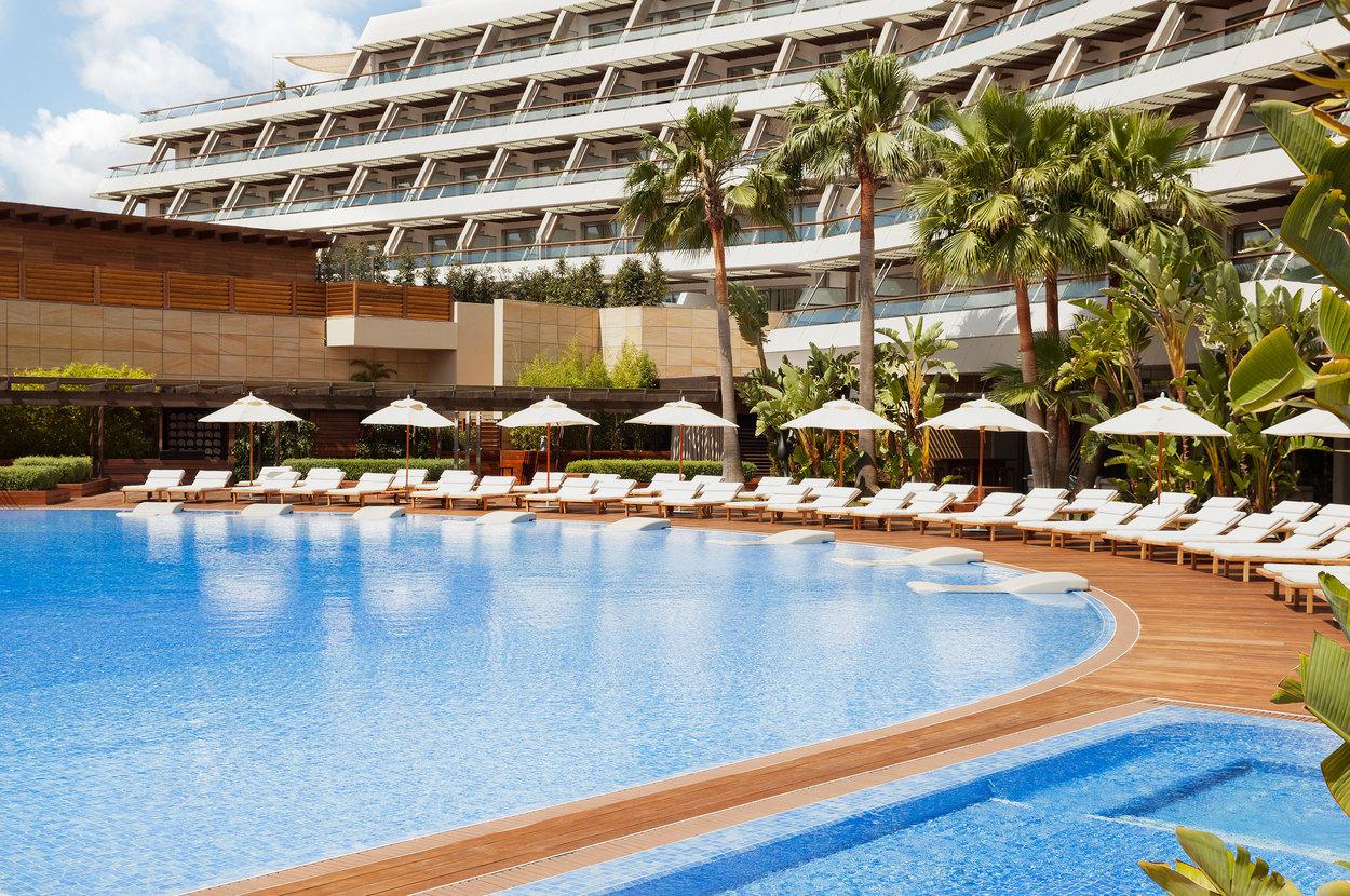 ibiza gran hotel pool