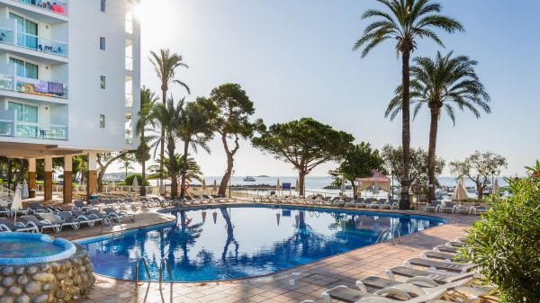 Disabled Holidays - Sirenis Hotel Club Goleta, Playa d'en Bossa, Ibiza