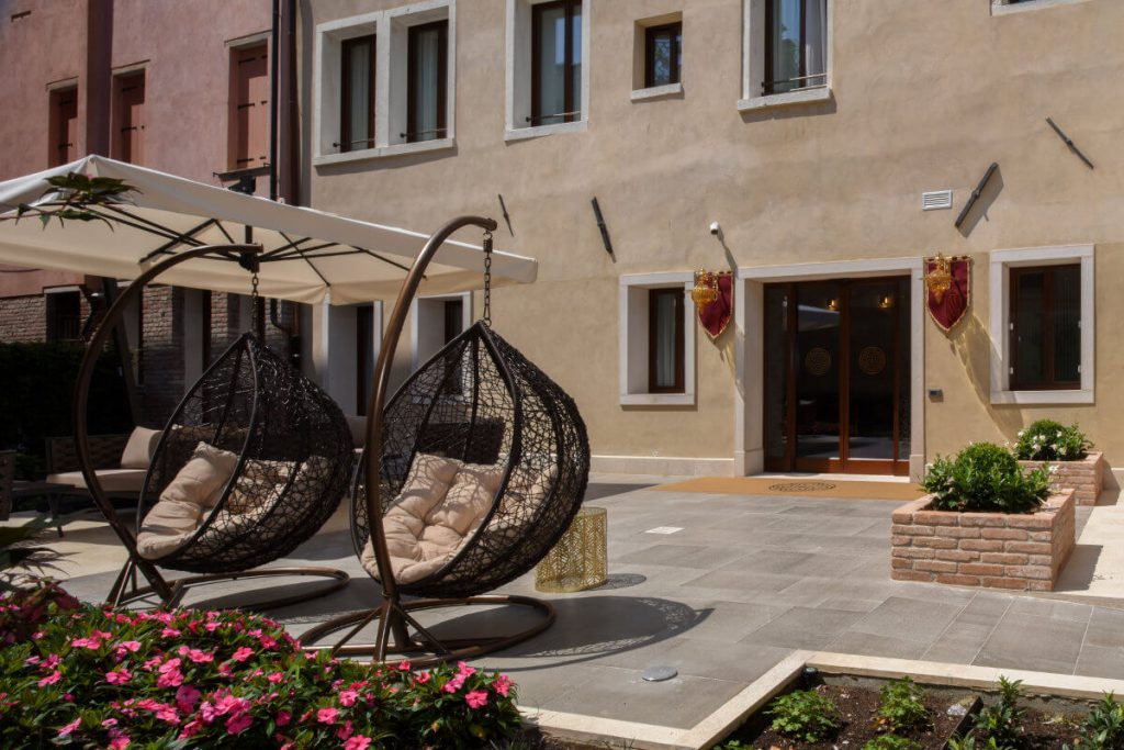 Disabled Holidays - Santa Croce Boutique Hotel - Venice, Italy