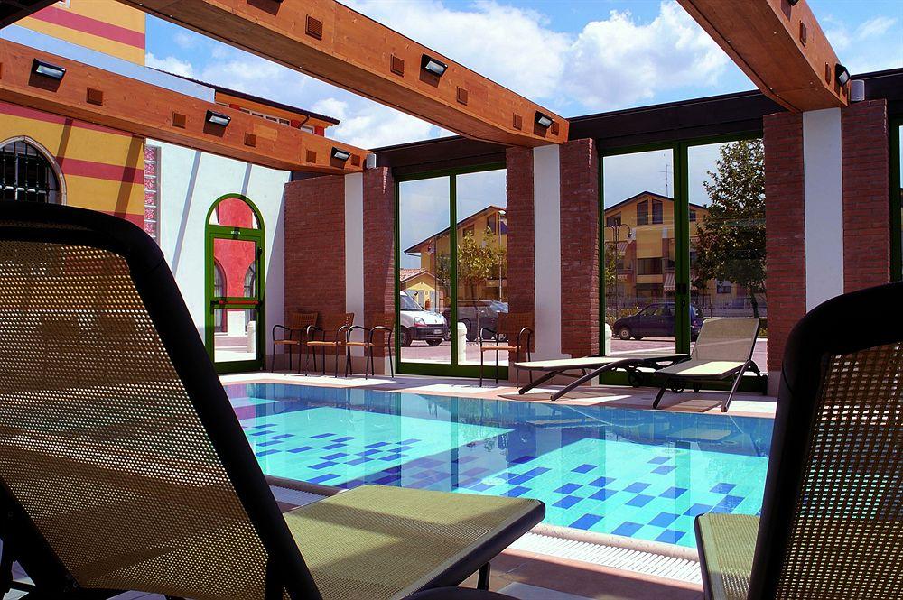 Hotel Villa Malaspina Pool