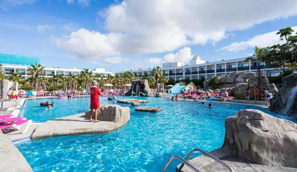 Disabled Holidays - Diverhotel Playaverde, Costa Teguise, Lanzarote