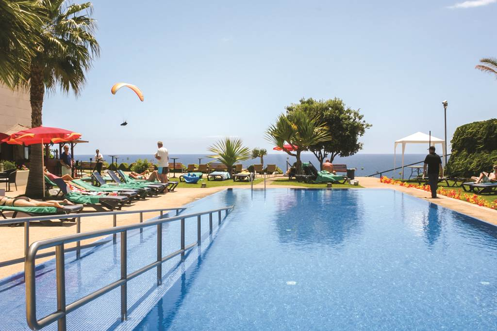 Disabled Holidays - Golden Residence, Funchal, Madeira