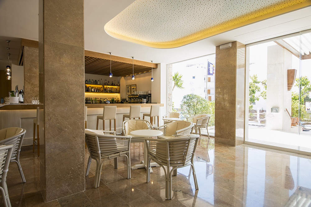 Puerto Azul Hotel & Spa