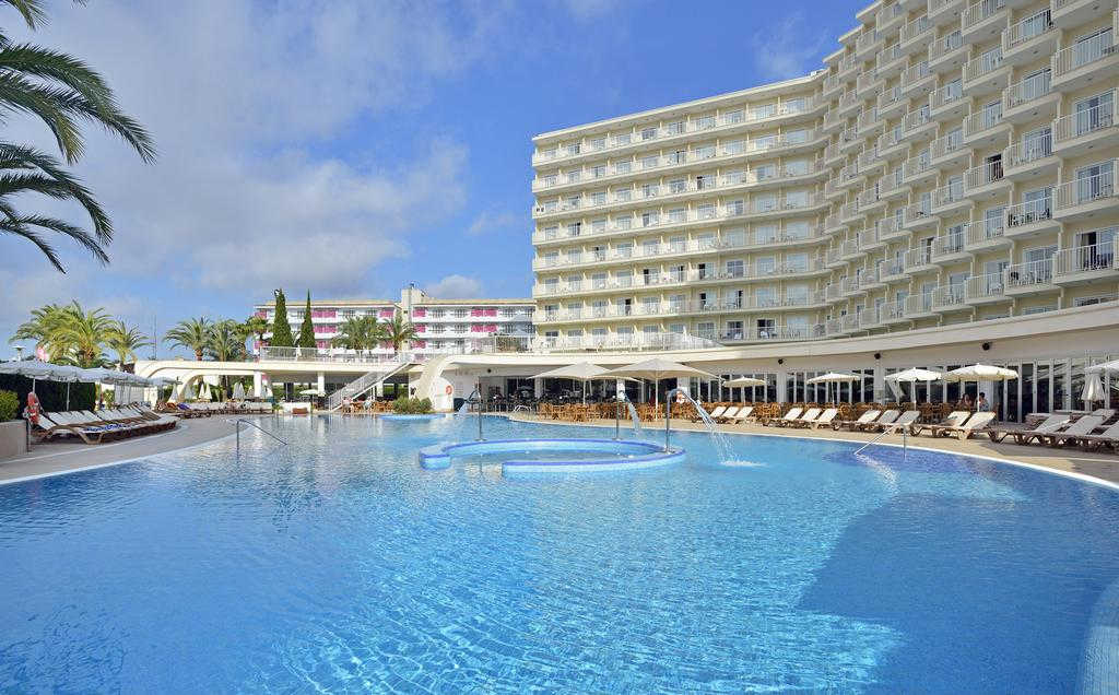 Disabled Holidays - Aparthotel HM MartiniqueMagaluf  Majorca