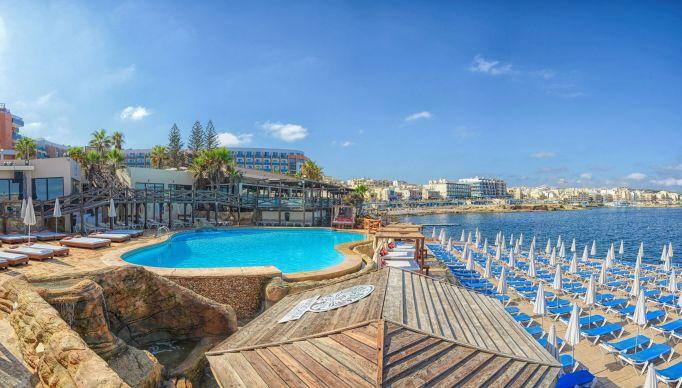 Dolmen Resort, Qawra