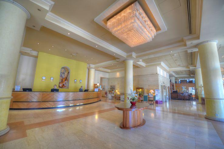 Golden Tulip Vivaldi Hotel, St Julian