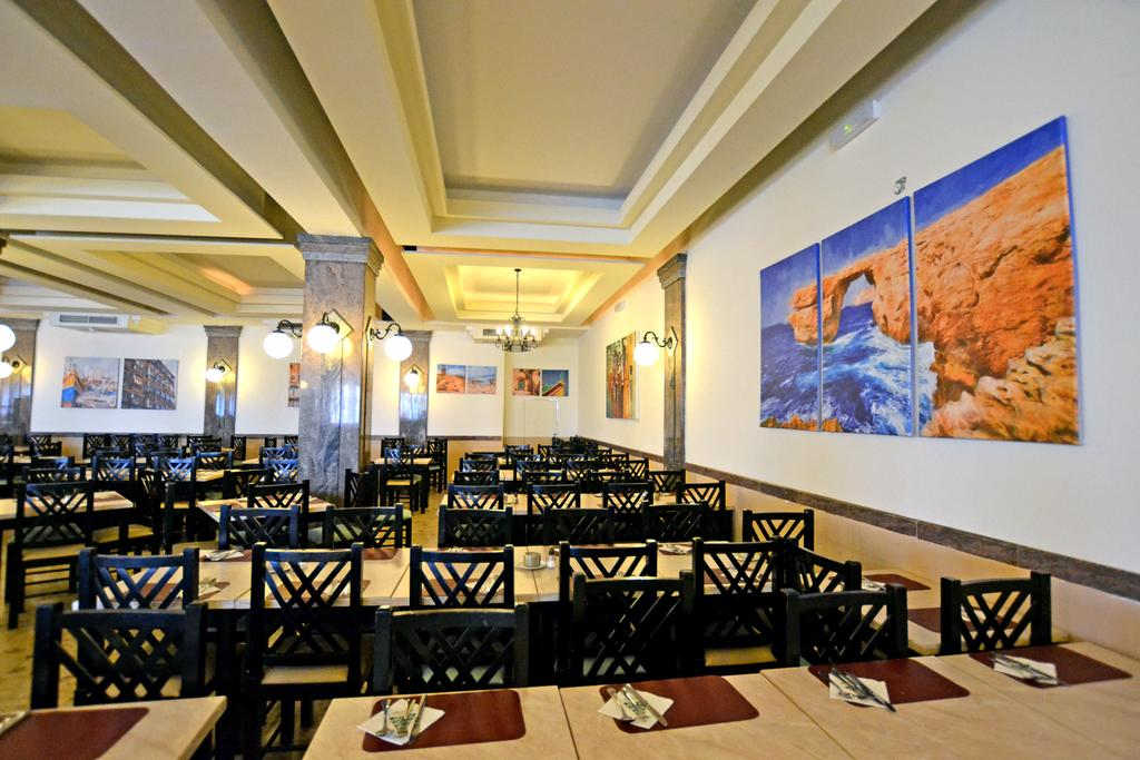 Qawra Palace Hotel, St. Paul's bay/ Bugibba