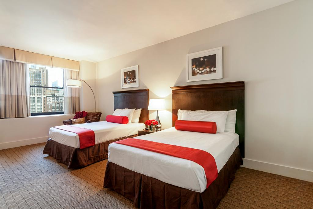 Disabled Access Holidays Wheelchair Accessible City Accommodation In The Hotel Pennsylvania