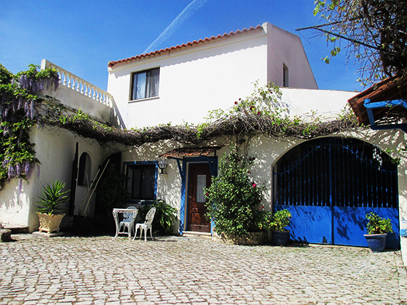 Disabled Holidays - Paraiso Jardim Apartments, Portugal Accessible Wheelchair Friendly Accommodation, Portugal
